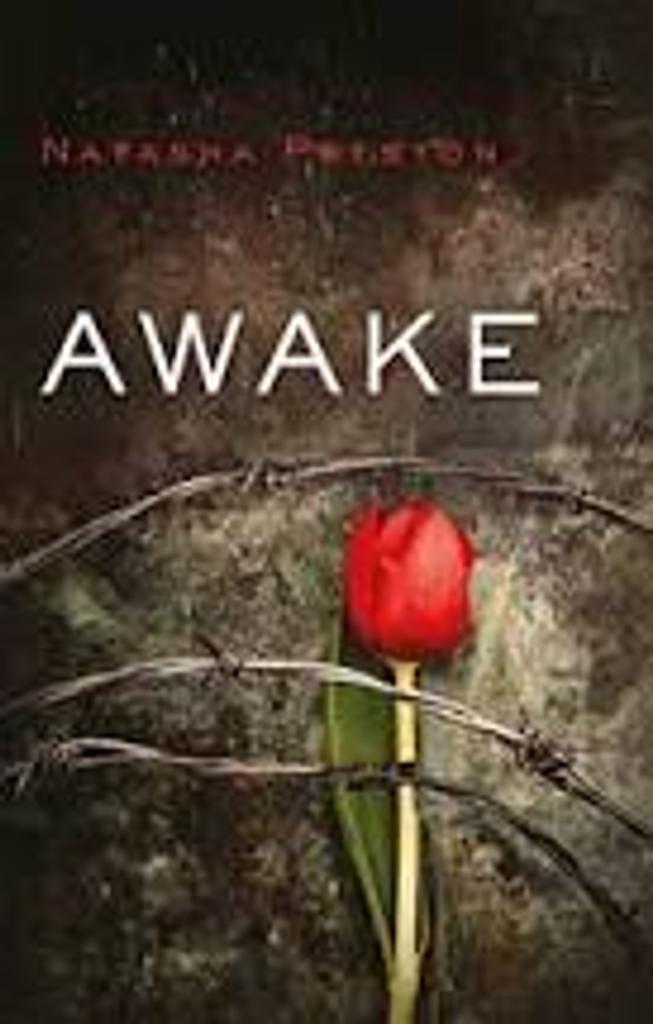 Awake / Natasha Preston   Preston, Natasha (1988-....). Auteur